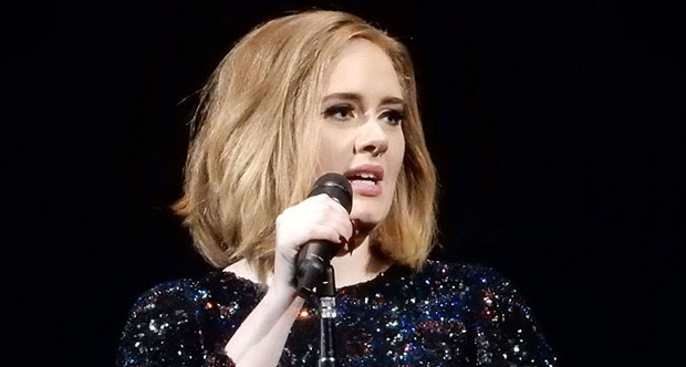 Adele hayranlarını üzecek