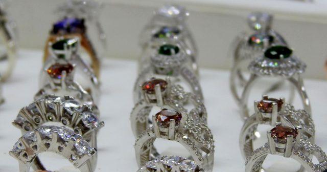 Altın fiyatları artınca evlenecek çiftler gümüşe yöneldi