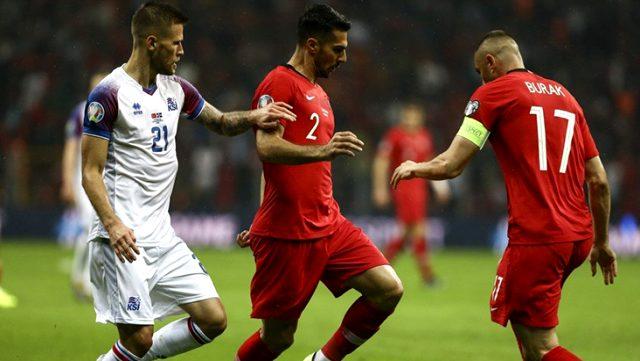 Zeki Çelik, giydiği 17 numarayı Lille'e transfer olan Burak Yılmaz'a verdi