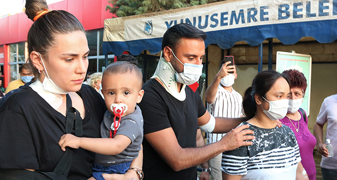Kaza yapan şarkıcı Alişan, ailesiyle birlikte hastaneden taburcu oldu