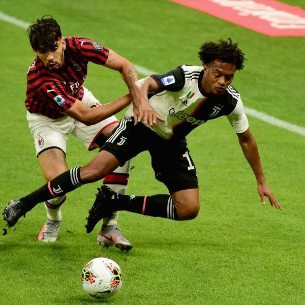 Juventus Milan'a 4-2 yenildi