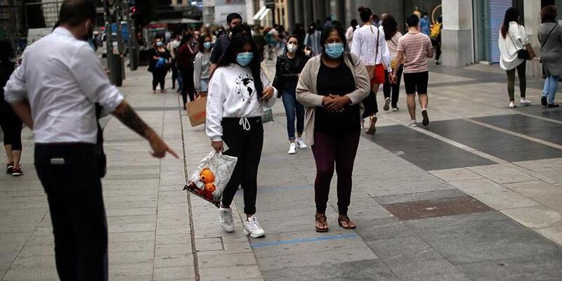 İspanya'da Kovid-19'da günlük yeni vaka sayısında büyük artış