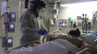 Victoria'da Kovid 19 vakalar düşüyor, ölümler artıyor