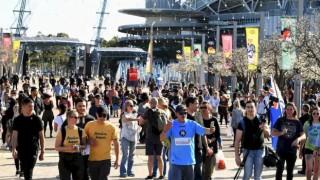"""""""Özgürlük Günü protestocuları"""", Victoria'da Covid-19 kısıtlama karşıtı göstericilere destek içinde Sydney'de toplandı."""